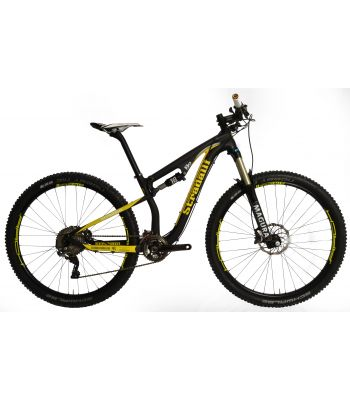 Stradalli 29er Black / Yellow Full Carbon Fiber Dual Suspension Trail MTB Mountain Bike. Shimano XTR 9000. Magura TS8 Suspension. Stans ZTR Arch Yellow Wheel set.