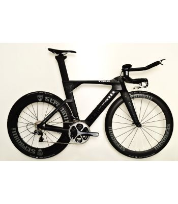 Stradalli Black TT Full Carbon Time Trial Triathlon TTR-8 Bike. Shimano Dura Ace 9100 11 Speed. Stradalli 50-85mm Carbon Wheels.