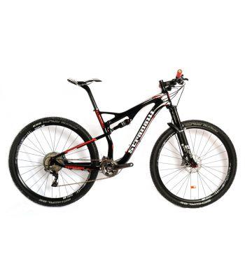 Stradalli 29er Black / Red Full Carbon Dual Suspension Cross Country XC Mountain Bike. Shimano XTR 9000. DT-Swiss Suspension, Wheel Set.