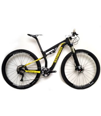 Stradalli 29er Black / Yellow Full Carbon Fiber Dual Suspension Cross Country XC Mountain Bike. Shimano XT M8000 11 Speed. X Fusion Suspension. DT Swiss Limited Edition Wheel Set.