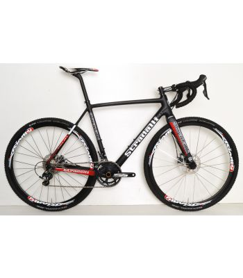 Stradalli Pro T-700 Full Carbon Disc Cycle Cross Cyclocross Bike. Ultegra 8000 11 Speed. Vision 30 CX Wheel Set. Shimano BR-CX77 Mechanical Disc Brakes.