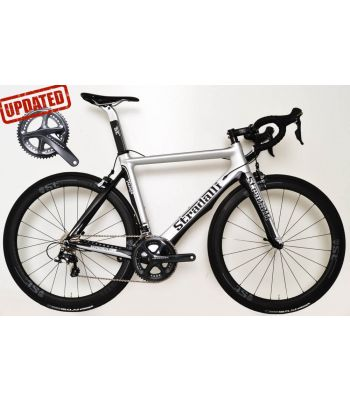 Stradalli Faenza Silver / Black Full Carbon Aero Road Bike. Shimano Ultegra 8000 11 Speed. Stradalli Full Carbon Clincher 50mm x 27mm Wide Wheel Set.