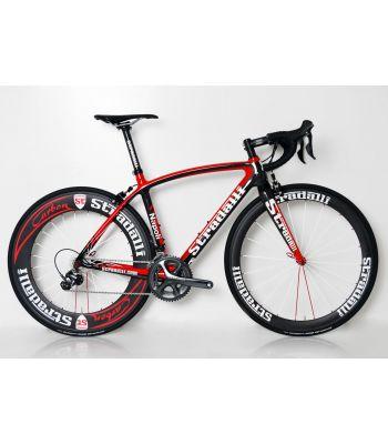 Stradalli Napoli Full Carbon Road Bike. Shimano Ultegra 8000 11 Speed.  Stradalli 50-85mm Carbon Clincher Wheel Set.
