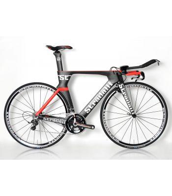 Stradallli Phantom II Full Carbon Time Trial Bike. Shimano Ultegra 8000 11 Speed. Stradalli Lightweight 22mm Clincher Wheelset.