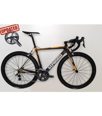 Stradalli RS Orange Full Carbon Road Bike. Shimano Ultegra 8000 11 Speed. Stradalli 50mm Full Carbon Clincher Wheelset.