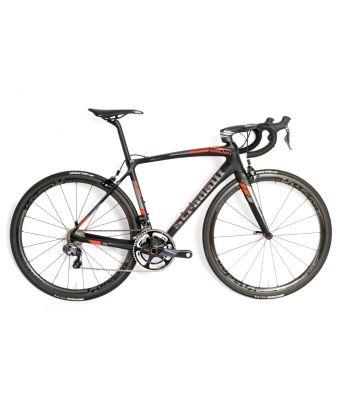 Stradalli San Remo Carbon Road Bike. Shimano Ultegra 8050 Di2 11 Speed. Vision Metron 40 Carbon Wheelset.