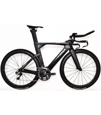 Stradalli Black TT Full Carbon Time Trial Triathlon TTR-8 Bike. Shimano Ultegra 8050 Di2 11 Speed. Stradalli 50-50mm Carbon Clincher Wheelset.